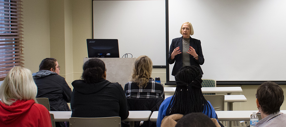 Pictured is Brenda Dare presenting to a the Business Models of SAE class. Photo by Brandy Richey.
