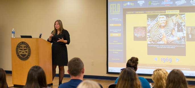 MaryAnn Bagnoli, director of event marketing and sales for Feld Entertainment, presents to Paige Beal's SAEM Marketing and Promotions class. | Photo by Victoria A. Mikula