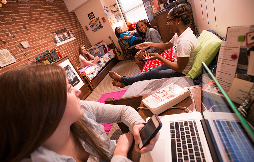 Pictured are students in the Boulevard apartments.